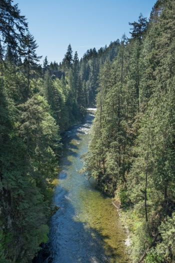 The view from the middle of the bridge
